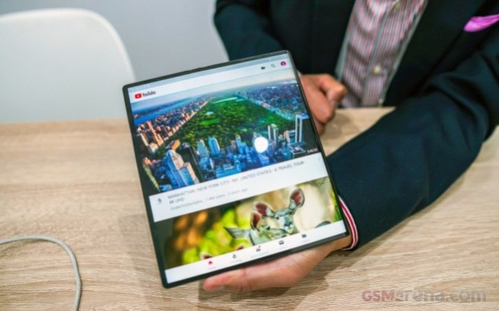 Huawei Mate X devices sells out in seconds